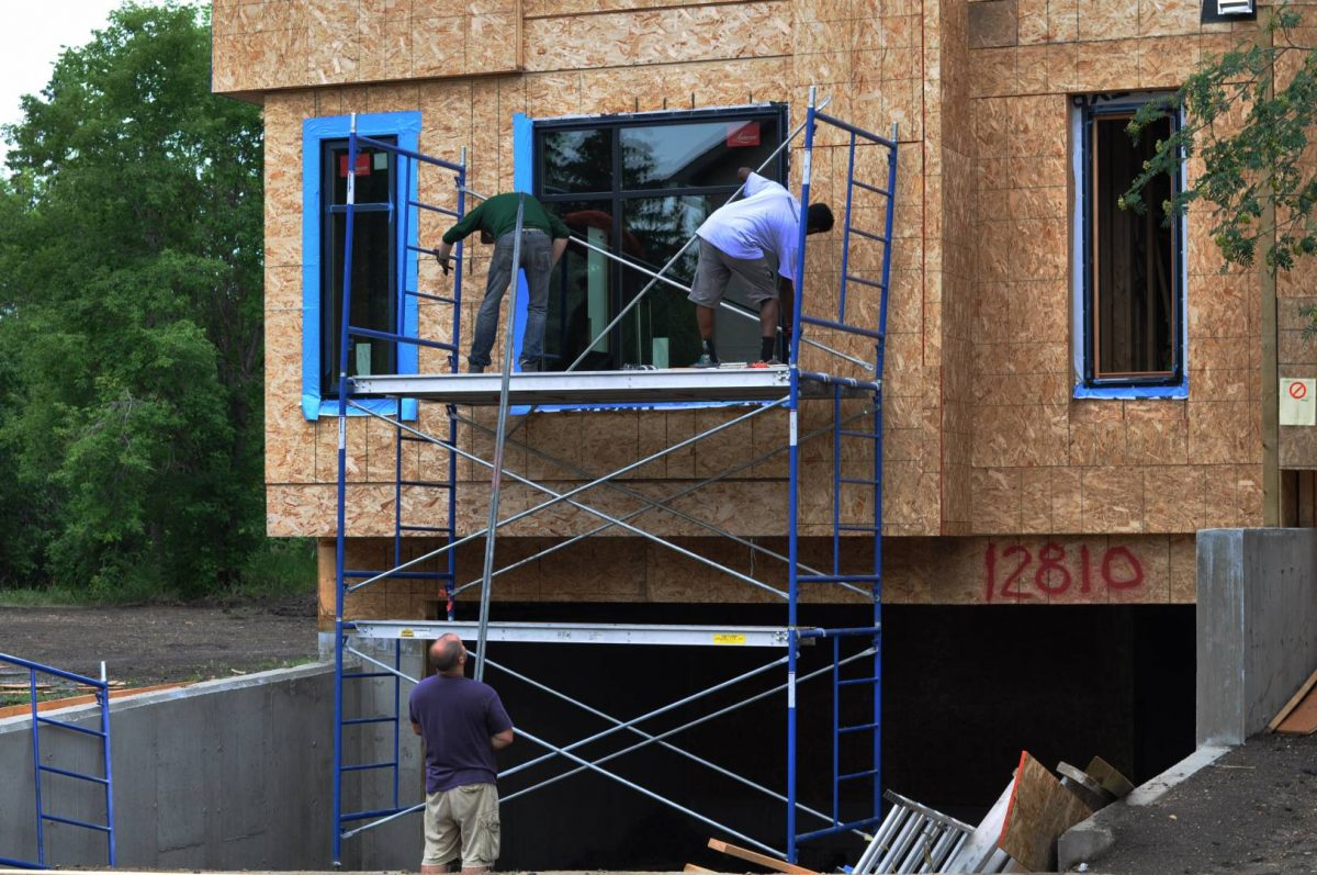 Window-installation-scaffolding-1-1200x797.jpg
