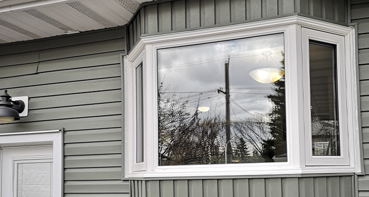 How Can Bay And Bow Windows Revamp The Interior Of Your House?